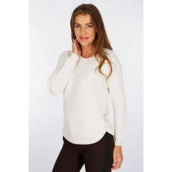 """Sweter """"Audeuse"""" w kolorze białym. Białe swetry damskie Scottage, z wełny, z okrągłym kołnierzem. W wyprzedaży za 86.95 zł."""