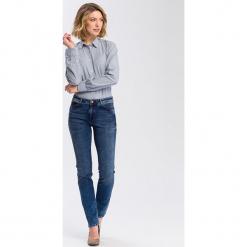 """Dżinsy """"Anya"""" - Slim fit - w kolorze granatowym. Niebieskie jeansy damskie Cross Jeans. W wyprzedaży za 136.95 zł."""