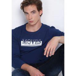 Ciemnoniebieska Koszulka Make Sound. Niebieskie bluzki z długim rękawem męskie Born2be. Za 29.99 zł.