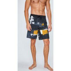 Reebok - Szorty Crossfit. Szare krótkie spodenki sportowe męskie Reebok, z elastanu. W wyprzedaży za 239.90 zł.