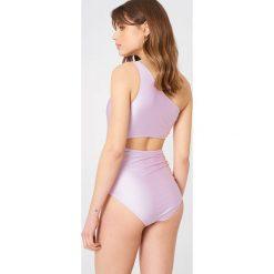 Minkpink Jednoczęściowy strój kąpielowy Arabella - Purple. Fioletowe kostiumy jednoczęściowe damskie MINKPINK. W wyprzedaży za 81.18 zł.