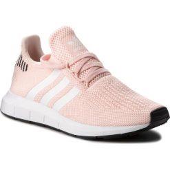 Buty adidas - Swift Run W B37681 Icepnk/Ftwwht/Cblack. Czerwone obuwie sportowe damskie Adidas, z materiału. W wyprzedaży za 279.00 zł.