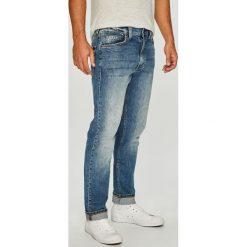 Mustang - Jeansy Tramper. Niebieskie jeansy męskie Mustang. W wyprzedaży za 219.90 zł.