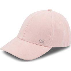 Czapka z daszkiem CALVIN KLEIN - Suede Cap K60K604718 629. Czerwone czapki i kapelusze damskie Calvin Klein, z materiału. Za 179.00 zł.