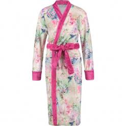 """Szlafrok """"Pallavi"""" w kolorze różowym ze wzorem. Szlafroki damskie marki NABAIJI. W wyprzedaży za 172.95 zł."""