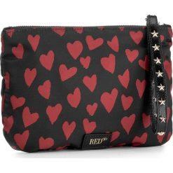 Torebka RED VALENTINO - NQ2P0165 St. Cuori/Nero. Czarne torebki do ręki damskie Red Valentino, z materiału. W wyprzedaży za 429.00 zł.