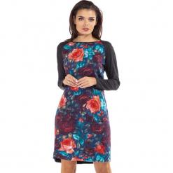 Sukienka w kolorze ciemnoszarym ze wzorem. Szare sukienki damskie Ryłko by Agnes & Paul, z okrągłym kołnierzem, z długim rękawem. W wyprzedaży za 117.95 zł.