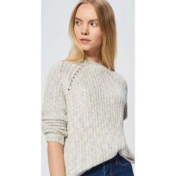 Sweter z drobnym splotem - Wielobarwny. Szare swetry damskie Cropp, ze splotem. Za 99.99 zł.