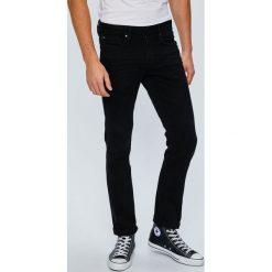 Guess Jeans - Jeansy Angels. Czarne jeansy męskie Guess Jeans. W wyprzedaży za 299.90 zł.