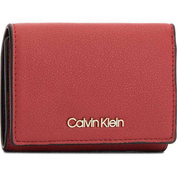 2fea8420175b5 Mały Portfel Damski CALVIN KLEIN BLACK LABEL - Ck Candy Small Walle ...