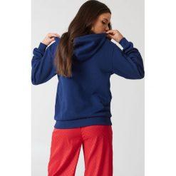 NA-KD Basic Bluza basic z kapturem - Blue,Navy. Niebieskie bluzy damskie NA-KD Basic. Za 72.95 zł.