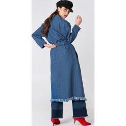 NA-KD Trend Płaszcz jeansowy - Blue. Niebieskie płaszcze damskie NA-KD Trend, z bawełny. Za 283.95 zł.