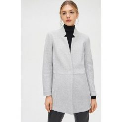 Krótkie kurtki oraz krótkie płaszcze
