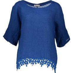 Lniana koszulka w kolorze niebieskim. T-shirty damskie William de Faye, w koronkowe wzory, z koronki, klasyczne, z okrągłym kołnierzem. W wyprzedaży za 86.95 zł.