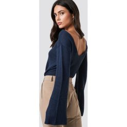 Rut&Circle Sweter z dekoltem na plecach Vanessa - Navy. Niebieskie swetry damskie Rut&Circle, z dzianiny, z dekoltem na plecach. Za 80.95 zł.