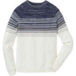 Sweter w cieniowanym kolorze Regular Fit bonprix biel wełny - niebiesko-jasnoniebieski. Białe swetry przez głowę męskie bonprix, z dzianiny. Za 74.99 zł.