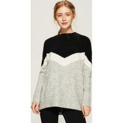 Sweter w bloki kolorów - Czarny. Czarne swetry damskie Sinsay. Za 69.99 zł.
