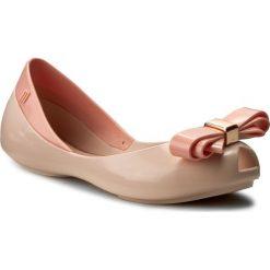Baleriny MELISSA - Mel Queen III Inf 31879  Light Pink 01276. Baleriny dziewczęce Melissa, z tworzywa sztucznego. W wyprzedaży za 189.00 zł.