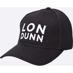 Missguided - Czapka by Lon Dunn. Czarne czapki i kapelusze damskie Missguided, z poliesteru. W wyprzedaży za 34.90 zł.
