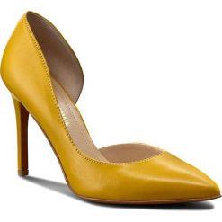 Szpilki SOLO FEMME - 34278-63-G17/000-04-0 Żółty. Szpilki damskie Solo Femme, ze skóry. W wyprzedaży za 199.00 zł.