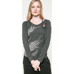 Reebok - Bluzka. Szare bluzki damskie Reebok, z bawełny, casualowe, z okrągłym kołnierzem. W wyprzedaży za 139.90 zł.