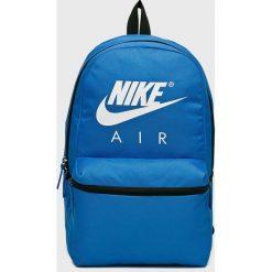 Nike Sportswear - Plecak. Szare plecaki damskie Nike Sportswear, z poliesteru. Za 119.90 zł.