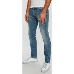 Wrangler - Jeansy. Szare jeansy męskie Wrangler. Za 329.90 zł.
