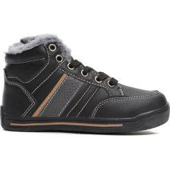 Czarne Buty Sportowe Bowing. Czarne buty sportowe chłopięce Born2be, z materiału. Za 59.99 zł.