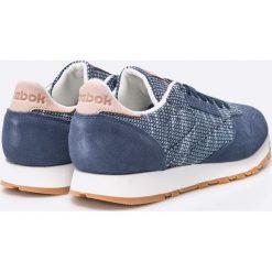 Reebok Classic - Buty BS7851. Szare buty sportowe męskie Reebok Classic, z materiału. W wyprzedaży za 229.90 zł.