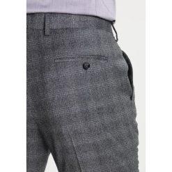 Ted Baker Spodnie garniturowe grey. Spodnie materiałowe męskie Ted Baker, z materiału. W wyprzedaży za 379.50 zł.