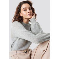 Moves Sweter Savea - Grey. Szare swetry damskie Moves, z dzianiny, z okrągłym kołnierzem. Za 242.95 zł.