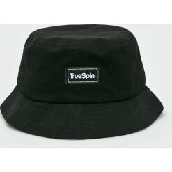True Spin - Kapelusz Plain Buckets. Czarne czapki i kapelusze męskie True Spin. W wyprzedaży za 59.90 zł.
