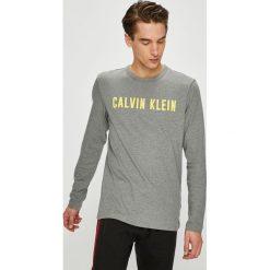 Calvin Klein Performance - Longsleeve. Szare bluzki z długim rękawem męskie Calvin Klein Performance, z nadrukiem, z bawełny, z okrągłym kołnierzem. Za 199.90 zł.