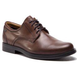 Półbuty CLARKS - UnAldricTieGtx GORE-TEX 261389117 Brown Leather. Brązowe eleganckie półbuty Clarks, z gore-texu. W wyprzedaży za 409.00 zł.