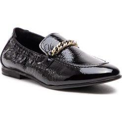 Lordsy TOMMY HILFIGER - Rubberized Chain Loafer FW0FW03763  Black 990. Czarne mokasyny damskie Tommy Hilfiger, z lakierowanej skóry. Za 599.00 zł.