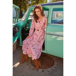 Sukienka midi z paskiem l286. Czerwone sukienki damskie Lemoniade, na jesień, w paski, z materiału. Za 249.00 zł.