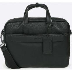 Calvin Klein - Torba. Czarne torby na laptopa męskie Calvin Klein, w paski, z materiału. W wyprzedaży za 569.90 zł.