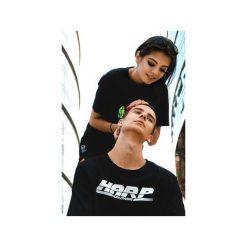 T-shirt Worldwide. Czarne t-shirty męskie Harp team, z nadrukiem, z materiału. Za 79.00 zł.