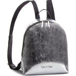 Plecak CALVIN KLEIN - Snap Sml Backpack Met K60K604926 067. Szare plecaki damskie Calvin Klein, ze skóry ekologicznej. Za 549.00 zł.
