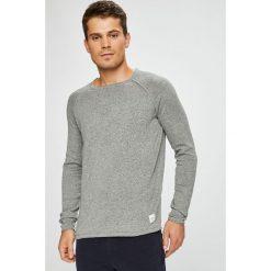 Only & Sons - Sweter. Szare swetry przez głowę męskie Only & Sons, z bawełny, z okrągłym kołnierzem. W wyprzedaży za 89.90 zł.