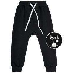 Garnamama Spodnie Dresowe Chłopięce Rabbit 86 Czarny. Spodnie sportowe dla chłopców marki Reserved. Za 29.00 zł.
