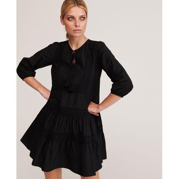 Sukienka z falbaną Czarny