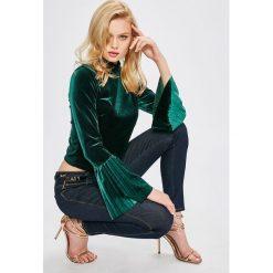 Guess Jeans - Bluzka Isabel. Szare bluzki damskie Guess Jeans, z aplikacjami, z elastanu, casualowe, z golfem. Za 279.90 zł.