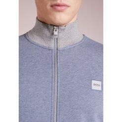 BOSS CASUAL ZOOMS Bluza rozpinana light grey. Kardigany męskie BOSS CASUAL, z bawełny. Za 629.00 zł.