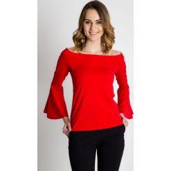 Czerwona bluzka z rozkloszowanymi rękawami BIALCON. Czerwone bluzki damskie BIALCON, ze skóry, wizytowe, z dekoltem w łódkę. Za 115.00 zł.