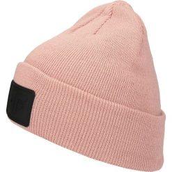 Czapka damska CAD300 - jasny róż. Czapki i kapelusze damskie marki WED'ZE. Za 39.99 zł.