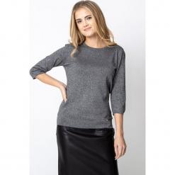 Szary sweter z błyskiem QUIOSQUE. Szare kardigany damskie QUIOSQUE, z dzianiny. Za 139.99 zł.