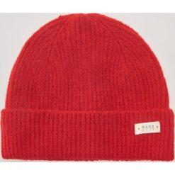 Czapka - Czerwony. Czerwone czapki i kapelusze damskie House. Za 39.99 zł.