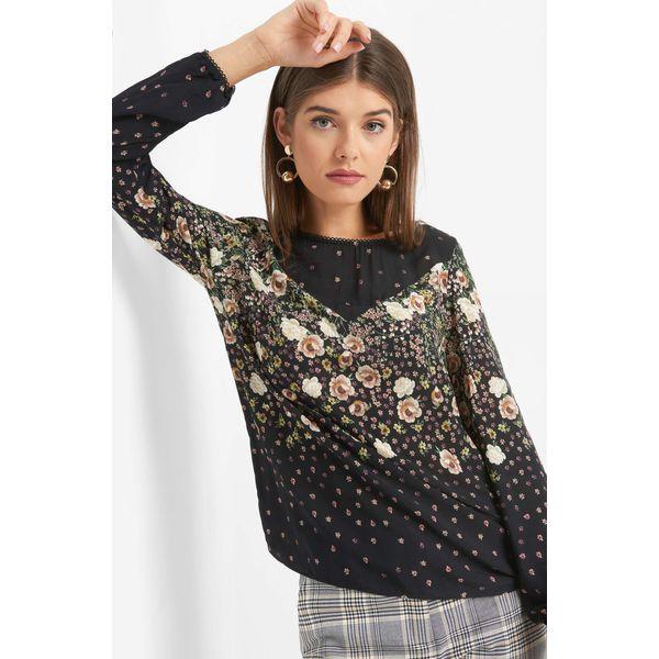 94d89533a20d07 Bluzka w kwiaty - Czarne bluzki damskie Orsay, w koronkowe wzory, z ...