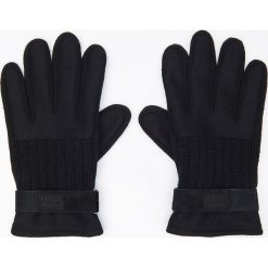 Rękawiczki z naturalną skórą - Czarny. Czarne rękawiczki męskie Cropp, ze skóry. Za 49.99 zł.
